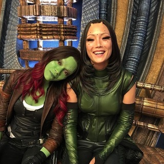 Guardians_of_the_Galaxy_Vol_2-Zoe_Saldana-Pom_Klementieff.jpg